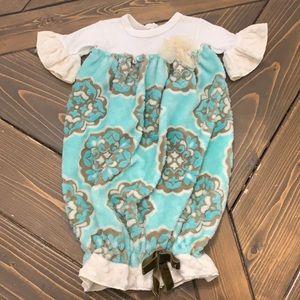 Haute baby gown